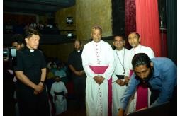 L'Eglise sri lankaise lance Radio Veritas en ligne